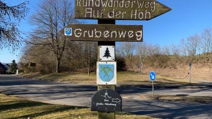 Parkplatz zwischen Müllenbach und Laubach