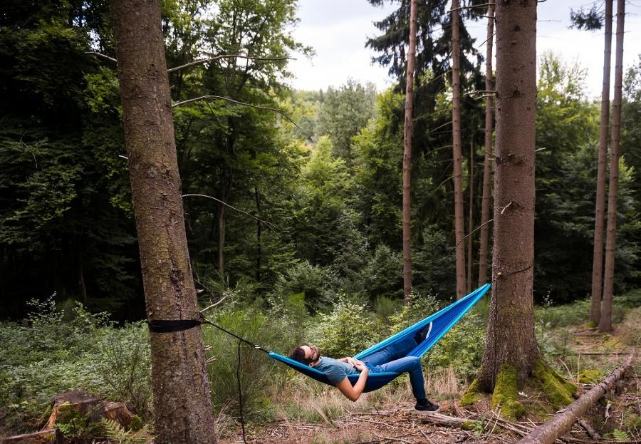 Abhängen in der Hängematte im Blieskasteler Wald