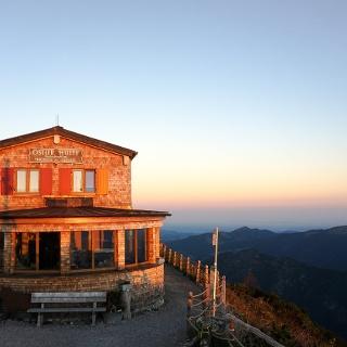 Blick auf die Ostlerhütte