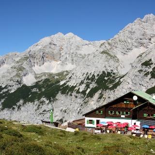 Pfeishütte im Karwendel at 1,922m