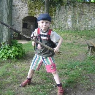 kleiner Krieger auf Neuwolfstein
