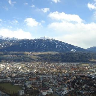 Blick auf Nockspitze und Skigebiet Axamer Lizum von der Hungerburg aus