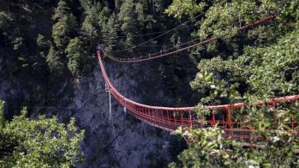 Hängebrücke von Niouc