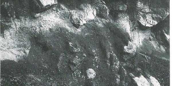 Granitwitterung mit Wollsäcken und Granitgrus