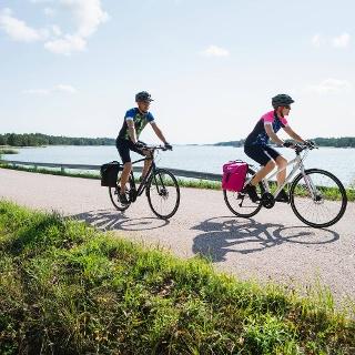 Radfahren im Schärenmeer