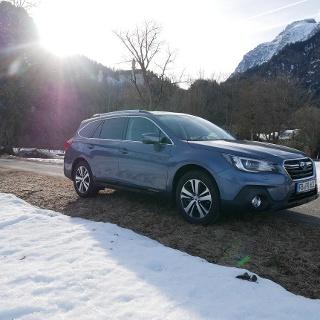 Am Schloss Neuschwanstein mit dem Subaru Outback