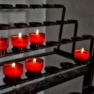 <![CDATA[Kerzen in der Kirche Ettenberg]]>