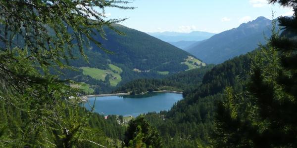 Ausgangspunkt unserer Wanderung - der Weißbrunnsee, der oberhalb der Ortschaft St. Gertraud im Ultner Talschluss liegt.