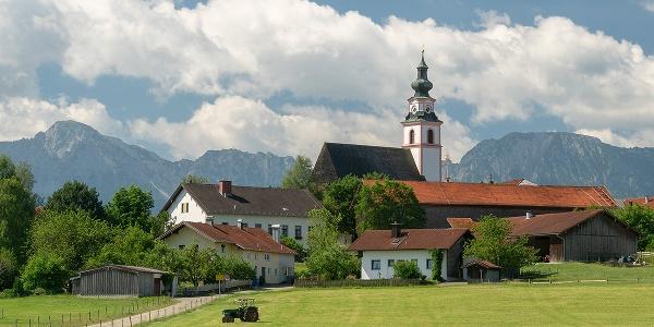 <![CDATA[Pfarrkirche Maria Himmelfahrt in Weildorf bei Teisendorf]]>