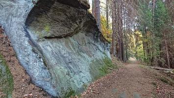 Foto Felsen am Weg zum Khaatal