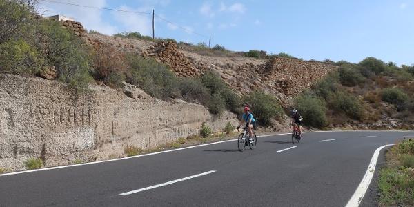 Pedaleando por la TF-28 en Tenerife