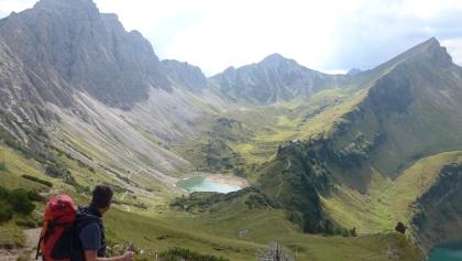 Lachenspitze, Lache und Landsberger Hütte