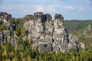 """Foto Blick vom Basteifelsen zur """"Großen Gans"""""""