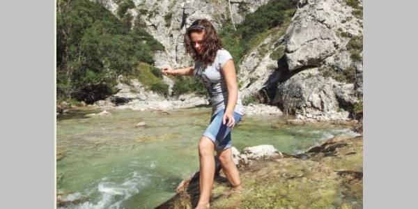 Dem Fluß entlang