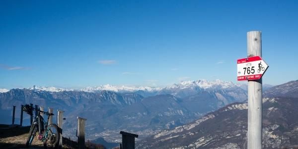 La vista autunnale dal Rifugio Campei