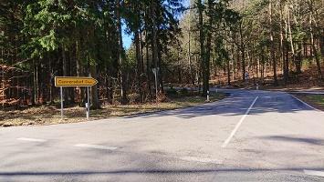 Foto Weg nach Cunnersdorf (kurzer Straßenabschnitt)