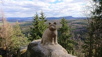 Foto Monument am Aufstieg auf den Katzsteinfelsen