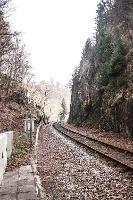 Foto am Stellwerk zur ehemaligen Schwarzbachtalbahn