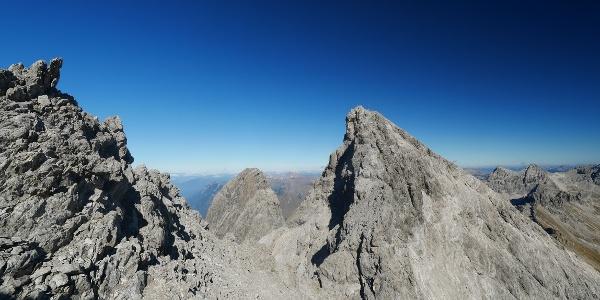 Bergtour im Lechtal: Bockkarkopf, Hochfrottspitze und Mädelegabel Überschreitung