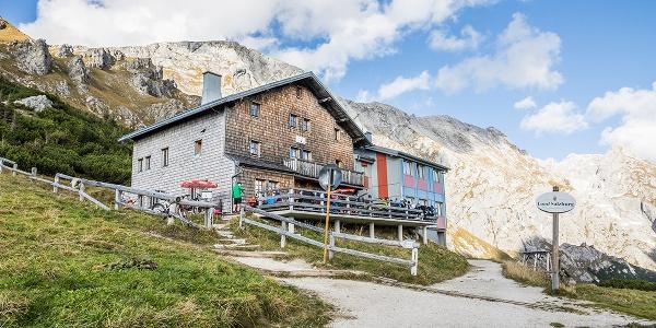 Das Carl-von-Stahl-Haus am Torrener Joch