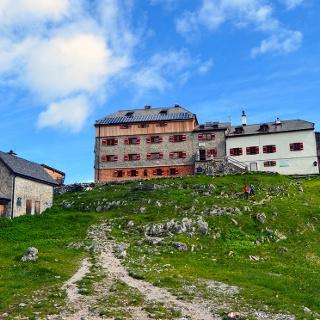 <![CDATA[Das Watzmannhaus im Bergsteigerdorf Ramsau ]]>