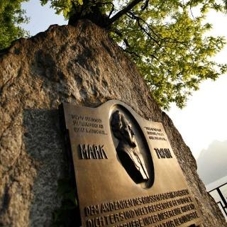 Mark Twain Denkmal in Weggis