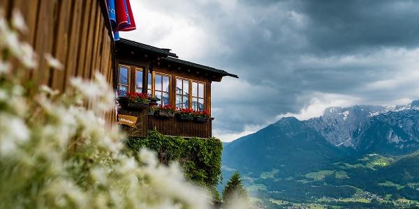 Berchtesgadener Bier auf der Rossfeld-Alm