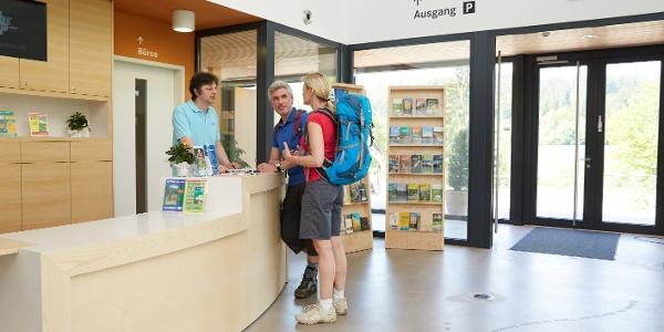 Touristik-Information im WildparkHaus - dem Solling-Besucherzentrum