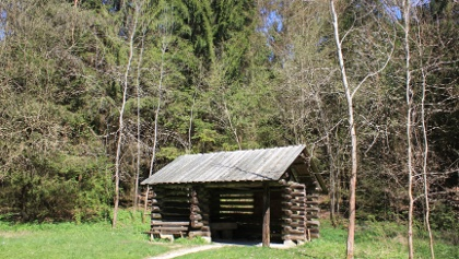 Hütte am Wanderparkplatz Plech