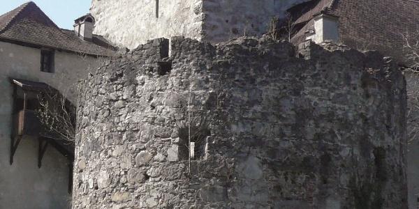 Bergfried der Schattenburg