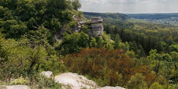 A Nyakas-kő a Madárszirtről