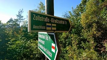 Foto Wegweiser zur Zollstraße