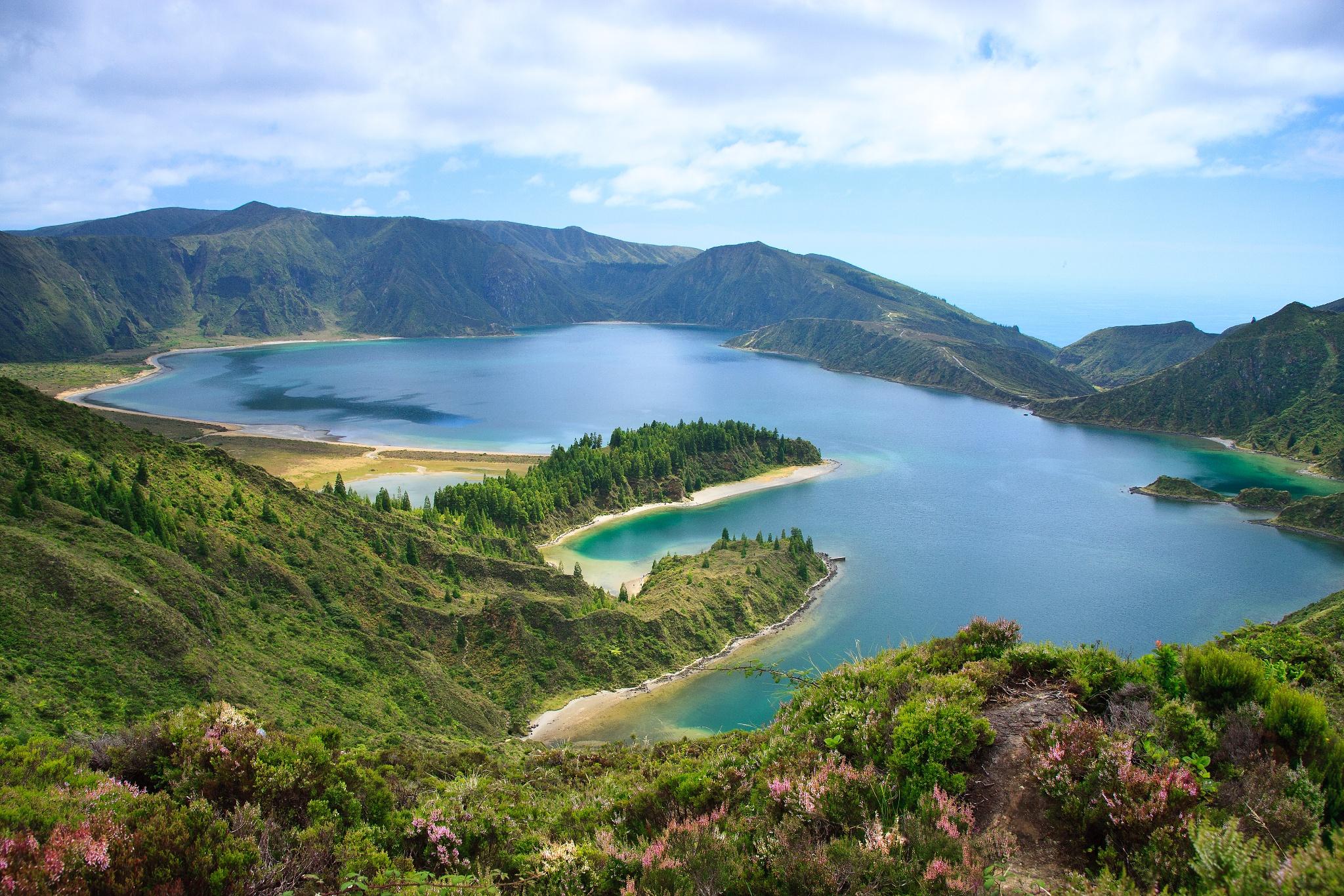 Lago de Fogo Walk (North Variation) • Hiking Route » outdooractive.com