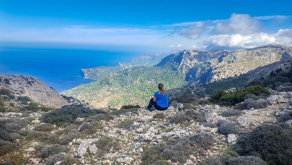 Take a break and enjoy the scenery at the intersection of Deia and Valldemossa Trail