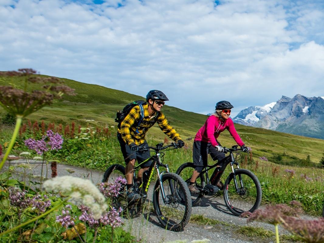 E Mountainbiketour Piz um Piz im Kreis herum Val Lumnezia