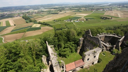 Hartkirchen---Ruine-Schaunburg---Oberoesterreich-Tourismus-GmbH---Martin-Fickert_NEU