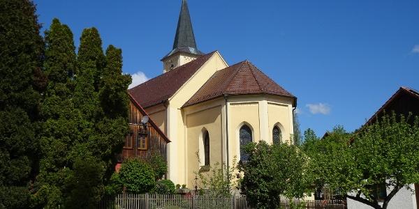 Start vom Dorfplatz in Kulz.