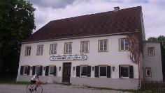 Der Gasthof Holzeder in Wangen lädt zur Einkehr ein.