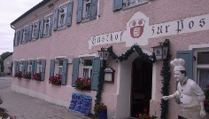 Der Gasthof Zur Post in Inning am Ammersee.