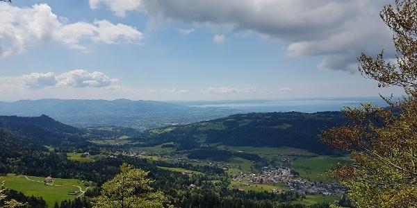 Blick vom Brüggelekopf bis zum Bodensee