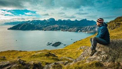 4.30 km Views from Nonstinden summit over Nappstraumen sound and the mountains of Flakstadøya