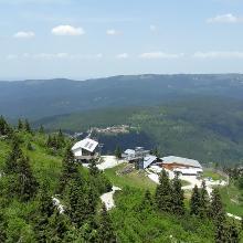 Blick auf die Bergstation großer Arber
