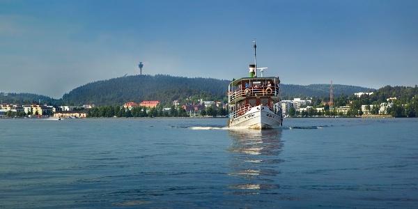 Rauhalahdesta laivalla Matkustajasatamaan
