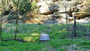 Foto Kleine Holzbrücke nach Abzweig