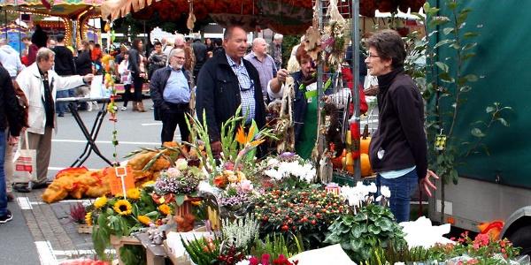 Herbstliches Ambiente versprüht der Wilnsdorfer Bauern- und Naturmarkt