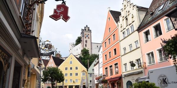 Reichenstraße mit dem Hohen Schloss