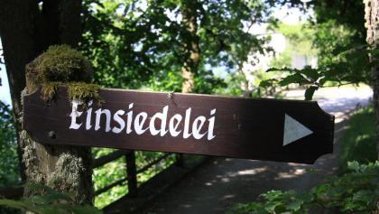 Schild zur Einsiedelei