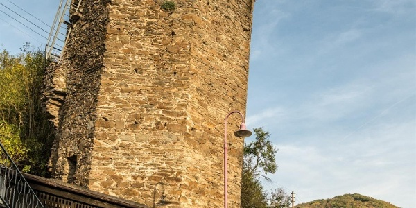 Schiefer Turm Dausenau