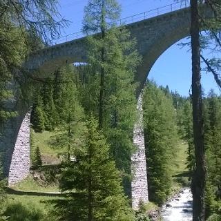 Bahnerlebnisweg zwischen Preda und Bergün © BFT