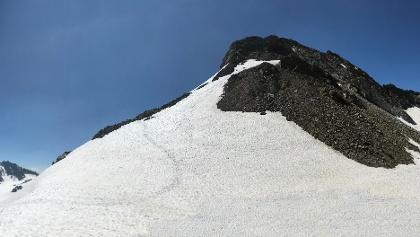 Ochsenkopf von der Tiroler Scharte mit Blick Richtung Jamtal (links) und Ochsental (rechts)
